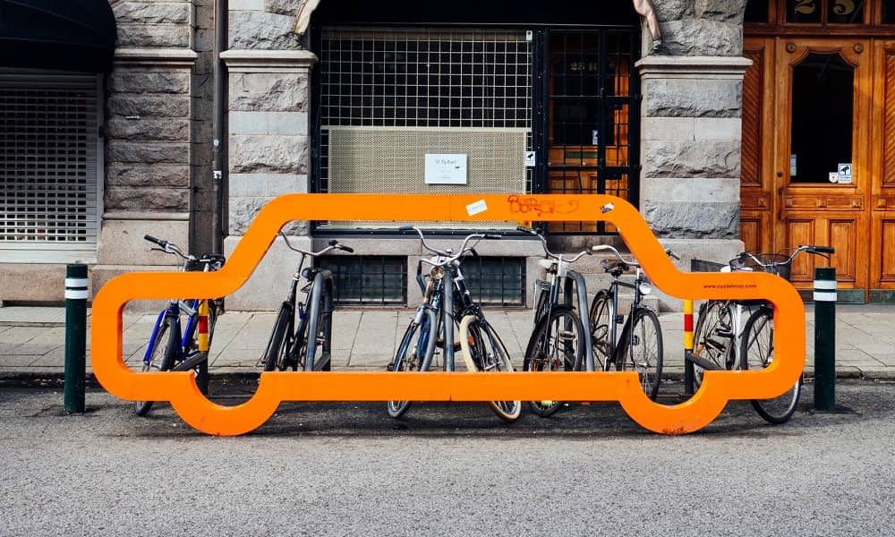 cars-vs-bicycle