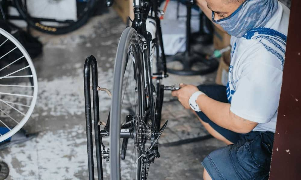 How to remove bike pedals without pedal wrench